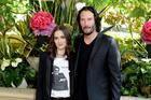 """Winona Ryder Married Keanu Reeves In """"Dracula"""" & Might Still Be Married"""