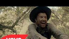 """Clinton Sparks Feat.  2 Chainz, Macklemore & D.A. """"Gold Rush (1849 Edition)"""" Video"""