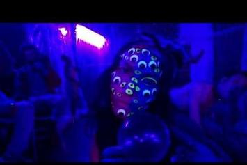 "Wati Heru ""New Blue Hunnids"" Video"