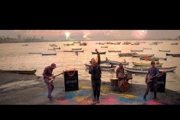 """Coldplay Feat. Beyonce """"Hymn For The Weekend"""" Video"""