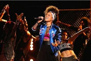 """Alicia Keys Performs """"In Common"""" On NBC's """"The Voice"""""""