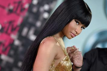 Nicki Minaj Posts Video Of Fan Asking The Rapper To Sign Her Tits