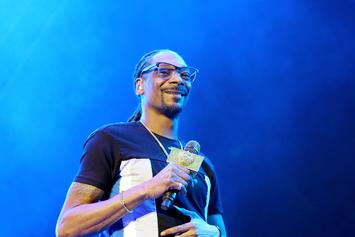 """Snoop Dogg """"Promoter"""" Sued By Bulgarian Charity For Using Fake Look Alike"""