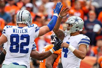 Dallas Cowboys Plan For Unity Gesture During Tonight's Anthem