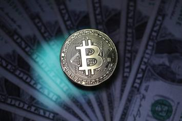 Bitcoin Continues Steady Decline, Dips Below $6,000