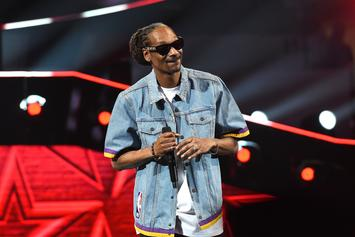 Snoop Dogg Helps Rescue A Stranded Driver On Los Angeles Freeway