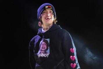 """Lil Xan Joined Onstage By Lookalike, """"Shameless"""" Actor Ethan Cutkosky"""