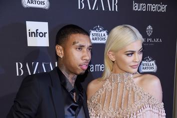 Tyga & Kylie Jenner Deliver Christmas Presents To Children's Hospital