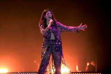 Lorde Covers Two Kanye West Classics At Chicago Show