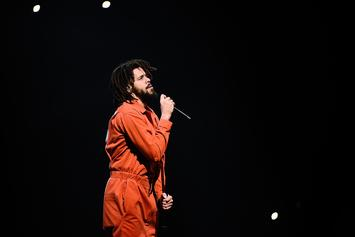 """J. Cole Shares Video Of Lagos, Nigeria Crowd Rapping """"Photograph"""" Back To Him"""