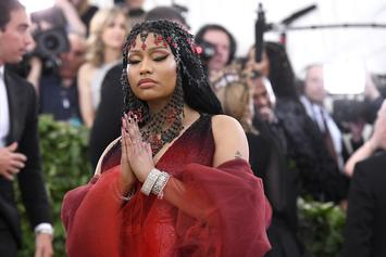 Nicki Minaj Rushed By Hundreds Of Fans Following Club Appearance