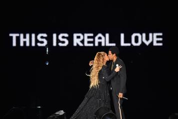 """Jay-Z & Beyonce Debut Intimate Photos In """"On The Run II"""" Tour Book"""