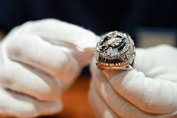Philadelphia Eagles Unveil Super Bowl Rings With 219 Diamonds