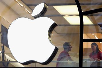 Apple Makes History As The World's First $1 Trillion Company