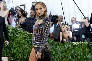 """Jennifer Lopez To Play Former Stripper Who Goes After Wall Street Clients In """"Hustlers"""""""