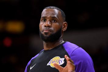 LeBron James Rocks Kaepernick T-Shirt To Lakers' Preseason Game