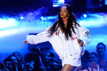 Rihanna Turned Down Super Bowl Halftime Show In Support Of Colin Kaepernick