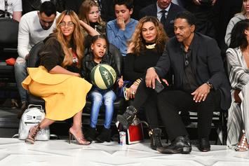 "Tina Knowles Says Beyonce Calls Her ""Paparazzi"" Because Of Endless Photos & Videos"