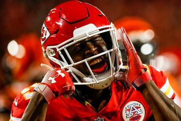 """Kareem Hunt Removed From """"Madden NFL 19,"""" Replaced By Generic Player Scab"""