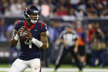 Deshaun Watson Rages To Travis Scott At Houston Concert
