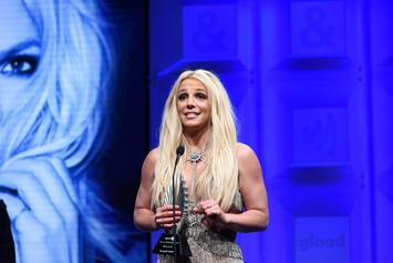 Britney Spears Leaves Court Barefoot After Expert Evaluation Ordered