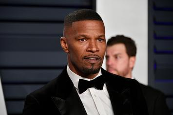 "Jamie Foxx Flubs Line, Breaks Character On Live ""The Jeffersons,"" ""All In The Family"" Special"