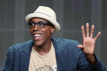 """Arsenio Hall Officially Signs On To """"Coming To America 2"""" Cast"""