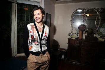 "Harry Styles' ""Fine Line"" Debuts At No. 1; Roddy Ricch Occupies No. 3"