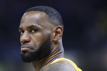 LeBron James Pretends To Block Alex Caruso's Scintillating Dunk: Watch