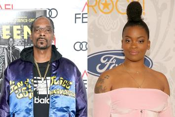 "Snoop Dogg Tells Ari Lennox: ""Grow Your Own Hair"""