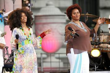 "Erykah Badu & Jill Scott Set New Record For Most Viewers On A ""Verzuz"" Battle"