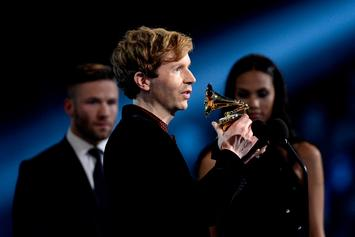 """Beck Reflects On 2015 Grammy Moment With Kanye West: """"He Was Disappointed"""""""