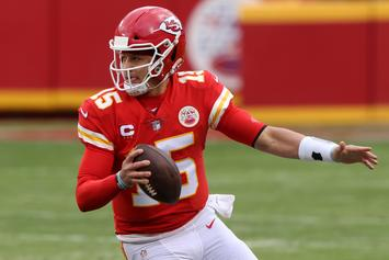 Patrick Mahomes Reportedly Tweaked His Neck