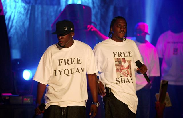 Clipse performing in 2002
