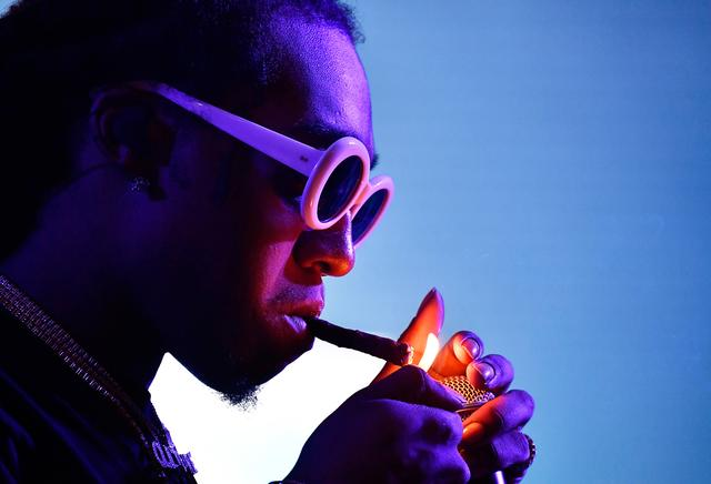 Takeoff lights a blunt