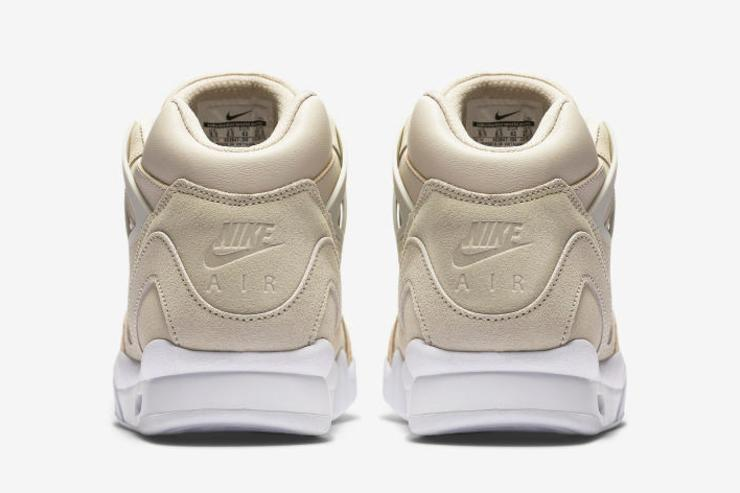Nike Air Tech Challenge II Laser